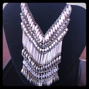 NWOT White and Silver Necklace